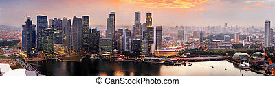 Singapore at sunset - Panorama of Singapore from Marina Bay...