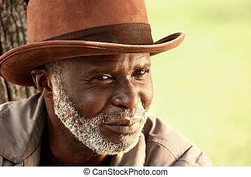 Afro-américain, sdf, homme, Porter, chapeau