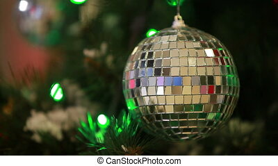 Ball with lights - Specular ball with lights on...