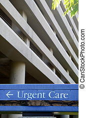 Hospital Urgent Care Sign - Urgent Care Sign Outside A...