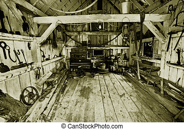 heritage tool shed