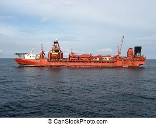 FPSO in North Sea - Floating production storage and...