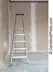 Leiter - Sannierung einer Wohnung mit Leiter im Hintergrund