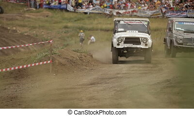 Extreme situation - Extreme sports on race jeeps SIMFEROPOL,...