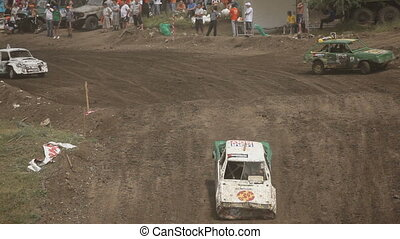 Race with obstacles - Extreme off-road racing to sports cars...