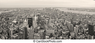 New York City Manhattan downtown skyline black and white -...