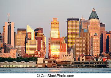 New York City Manhattan at sunset over Hudson River - New...