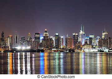New York City Manhattan midtown at night - New York City...