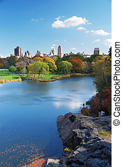 New York City Manhattan Central Park lake Autumn - New York...