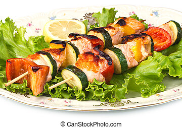 salmon kebab with zucchini and peppers