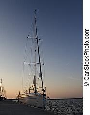 Segelboot bei NAcht