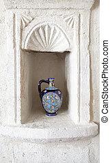 piedra caliza, jarra, nicho, adornar, florido, vino