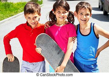 joven, patinadores