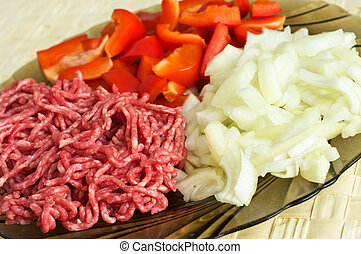 Pepper, onion and minced meat