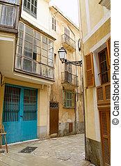 Palma de Mallorca old city Barrio Calatrava street