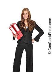 Frau im Anzug tr?gt rote Ordner