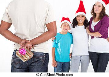Natal, PRESENTE, escondendo