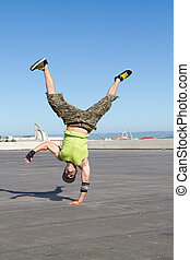 hip hop dancer dancing outdoors