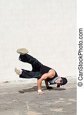 hip hop dancer dancing