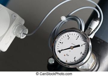 Pressure Gauge - Pressure gauge and electronic sensor for...