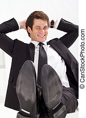 homem negócios, relaxado, jovem