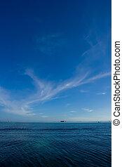Um, bonito, azul, céu, Nuvens, azul, oceânicos