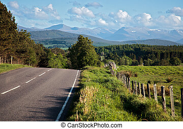Road to the Cairngorm mountains