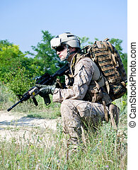 GI - us soldier with assault rifle