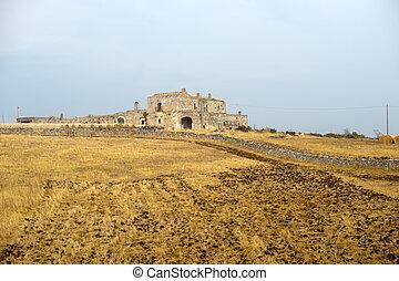 Basilicata Matera - Old farm at summer - Basilicata Matera -...