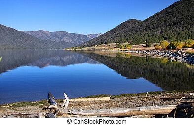 Scenic landscape of Hebgen lake - Beautiful scene of Hebgen...