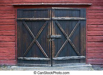 Wooden door - Old wooden door with padlock