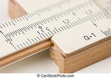 Vernier scale logarithmic ruler