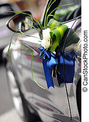 Wedding Car Flowers - Flowers on a   wedding car