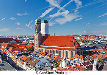 Frauenkirche on Marienplatz, Munich, Germany