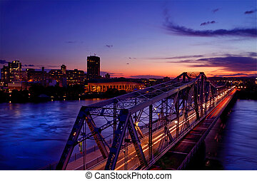 Alexandra bridge - A view of the Royal Alexandra bridge at...