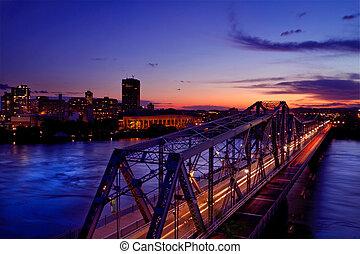 Alexandra bridge - A view of the Royal Alexandra bridge at...