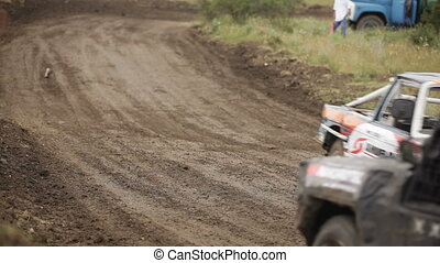 Racing off road - Racing without rules for vintage cars.