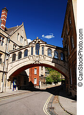 Bridge of sighs - Famous Bridge of Sighs in Oxford,...