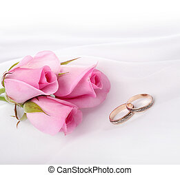 gold ring and flower