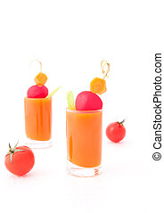 Vegetable juice and tomatoes