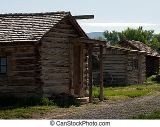 Old Log Home - Lee Wungs Laundry and home Museum of the...