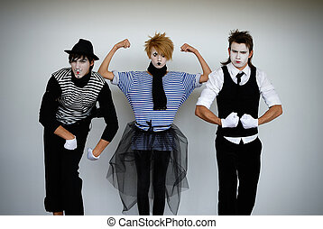 mime  - three mime actors in action