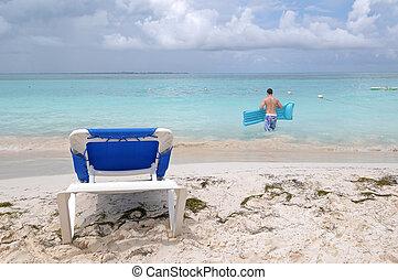 Beach in Cancun - Relax in Cancun beach in Mexico