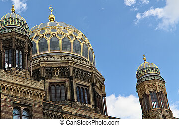 Berlin synagogue - A detail of the Berlin synagogue with its...