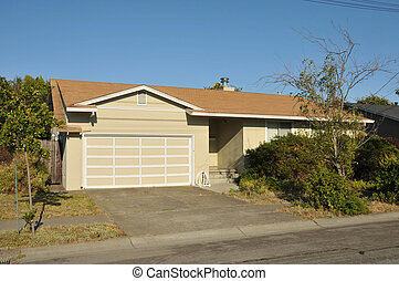 Single family house one story with driveway - Single family...