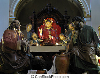 The Last Supper - A group of statues depicting the last...