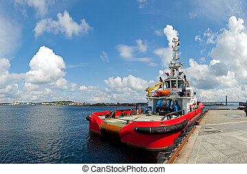 Large tugboat in port - Large tugboat berth in the port of...