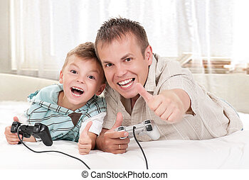 Happy family playing a video game_04(3).jpg