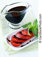 fresh tomatoes basil and balsamic vinegar