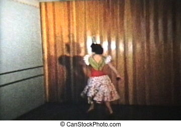 Twirling Dancer 1958 Vintage 8mm - A beautiful teenage girl...